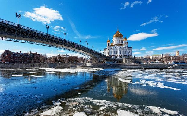 Москва весна